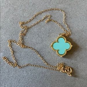 Jewelry - Quatrefoil necklace